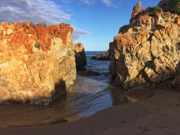 Lookout Beach
