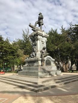 Ferdinand de Magellan Statue
